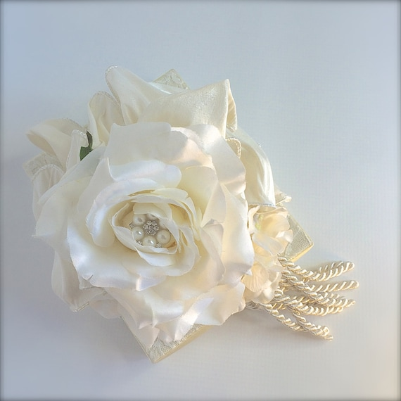 Wedding Day Gift Jewelry : ... Gifts Guest Books Portraits & Frames Wedding Favors All Gifts