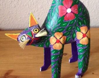 Vivid ~ Vintage Mexican Oaxacan Alebrije Handpainted Cat Copal Wood Carving ~ Sweet