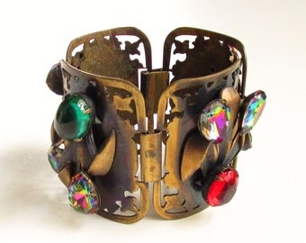 Vintage Wide Chunky Antiqued Brass Large Rhinestone Link Bracelet Cuff