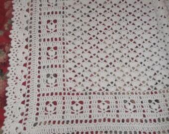 Crocheted White Baby Afghan (bk112)