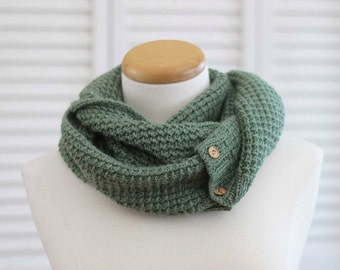 Knitting Pattern Scarf, Infinity Cowl, Green Alpaca