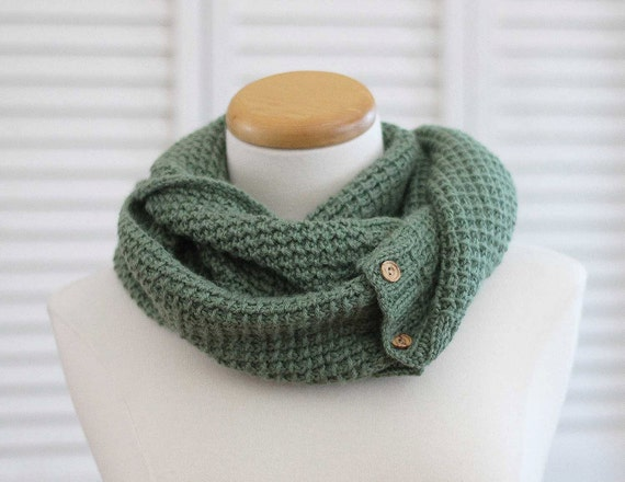 Knitting Pattern Alpaca Scarf : Knitting Pattern Scarf, Infinity Cowl, Green Alpaca from DeuxBrinsDeMaille on...
