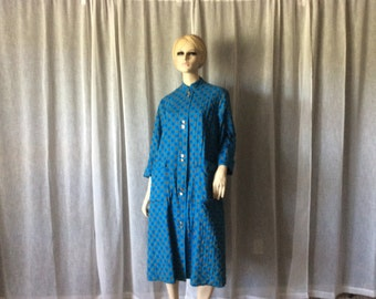 Vintage Lord & Taylor  Housewife Blue Print Quilted Cotton Women's Robe  Housecoat with Gold Bottons, Vintage Nehru Collar Women's Robe
