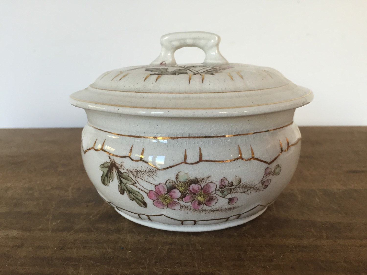 Vintage Covered Dish 89