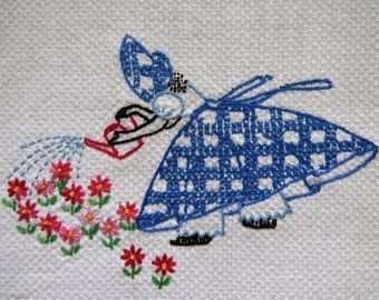 Vintage Embroidered Southern Belle Hand Towel Kitchen Tea Towel - Huck Waffle Weave Dish Towel - Collectible - Powder Room Decor - Gift
