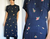 30s 40s Navy and Roses vintage dress
