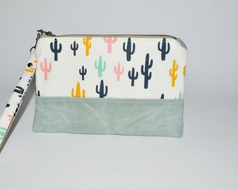 Waxed Canvas Clutch - Cactus Wristlet Accessory Pouch - Makeup Case - Zipper Pouch - Canvas Wristlet - Gift for Her - Gift for Friend
