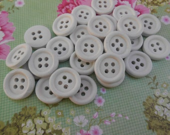 Wooden Buttons Round 30 pcs
