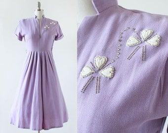 1940s Clover Studded Linen Dress / Lavender Dress / 1940s Linen Dress / 1940s Stud Dress / Clover Dress / Extra Small Small / 26 Waist