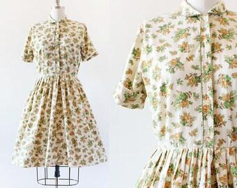1950s Floral Print Dress / Rounded Collar Dress / Golden and Green Dress / 1950s Cotton Dress / Full Skirt Dress / Small 26.5 Waist / XS S