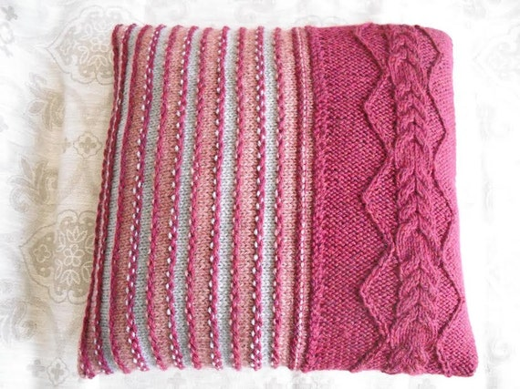 Decorative pillow. cable knitted pillow cover. Throw Pillow Cover, burgundy Knit Pillow Case, Hand Knit Cushion Cover, Home Decor.