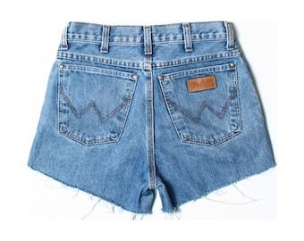VintageWrangler 331 Mid Blue Denim Cut Off Shorts W28 UK 8 US 6