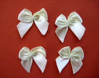 """32 pcs 1"""" Light Yellow Satin Ribbon Bow Appliques for Sewing, Crafting, Doll shoes, Party Favor Boxes, Invitation Cards,  3/8"""" Ribbon Wide"""