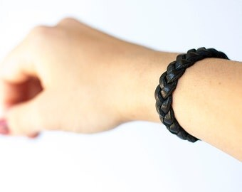 Braided Leather Bracelet / Black Night