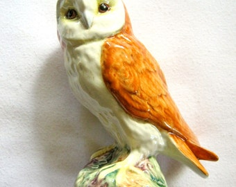 BESWICK England Porcelain Barn OWL FIGURINE #2026 Excellent Condition
