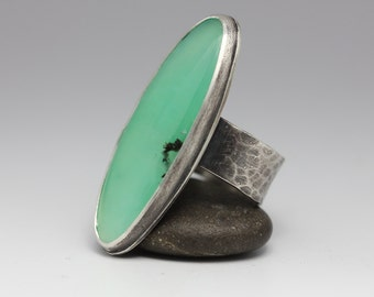 Chrysoprase Ring, Sterling Silver Ring, Pale Green, Freeform Stone, Unisex, Size 9