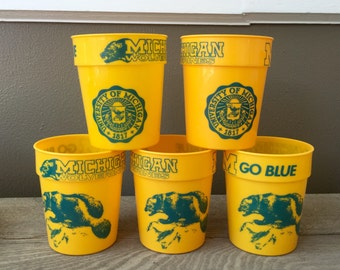 80s 90s University of MICHIGAN WOLVERINES Plastic Cups (5 cups) - Go Blue