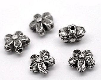 50pcs Silver Tone 10mm Metal Floral Spacer Beads