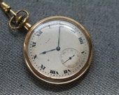 Vintage Elgin Pocket Watch Roman Numerals with fine Gold Tone Chain