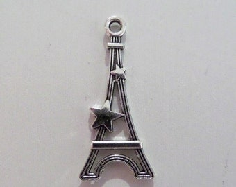 5CT. Silver Toned Eiffel Tower Charms, (Y32)