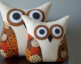 Fall Owl Pillow - Neutral Home Decor - Mums Pillow - Brown, Rust, Cream - Autumn Mums - Large or Small
