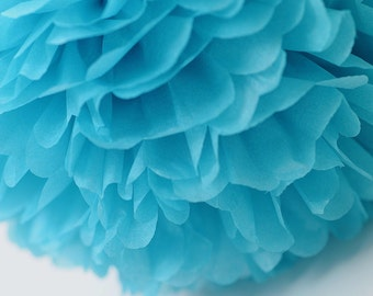 Paper pom pom in Turquoise  - wedding decorations / party decor/ nursery decor/ bridal baby shower/ tissue paper pompoms / party poms