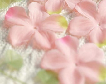 """600pcs 5cm 1.96"""" wide pink wedding flower petal appliques patches 31430 free ship"""