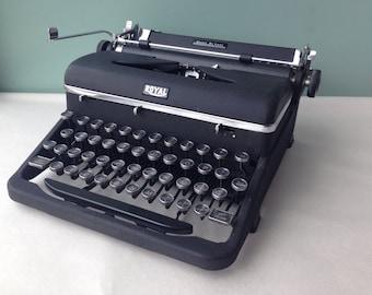CUSTOM LISTING for PHIL Royal Quiet De luxe Typewriter, Manual Typewriter