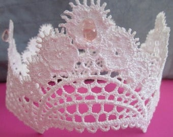 White lace crown for baby photos