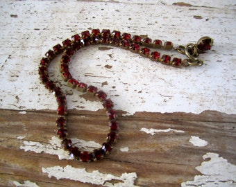 Garnet Rhinestone Anklet Gold tone and deep red