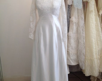 Ruby - True 60s Vintage Wedding Dress in Ivory Satin with Floral Lace Detail