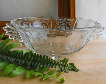 Vintage etched glass fruit bowl with handles glass centerpiece bowl