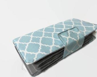 Blue Womens Wallet, 62 Credit Card Holder, Light Blue Geometric  Quatrefoil Wallet, Loyalty Card Organizer, Women's Card Wallet