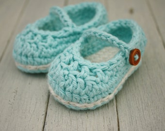 Crochet Baby Booties, Baby Mary Jane shoes in Newborn to 6-9 Months - Made to Order