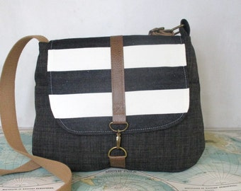 Brooklyn -- Crossbody bag // Messenger bag // Vegan purse // Travel bag // Stripes // Black // Preppy //Medium size // Ready to ship