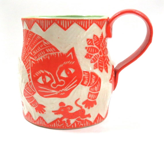 SGRAFFITO Carved MUG - Sly CAT, Fleeing Mouse, Scared Bird - Coffee Tea Cup Mug - Mexican Folk Art Style,Choose Your Colors