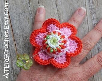 PINCUSHION FLOWER RING by ATERGcrochet