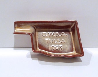 Frankoma Ashtray Vintage Oklahoma Bowling Trinket Dish Womens Bowling Association Tulsa Brown Glaze Pipe Holder smoking accessory Tobacciana