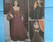 Simplicity 9929 Dress Renaissance Medieval LOTR Costume Sewing Pattern Size 14-20 UNCUT