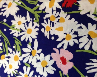 1 Yard 100% Cotton Blue/Daisy Retro Print Fabric