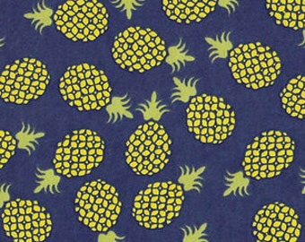 Snuggle Flannel Prints - Pineapple Toss - 30 inches