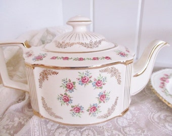 Vintage Sadler 4 - 5 cup teapot pink and gold, 1950s tea pot, vintage tea maker, english tea pot, excellent condition