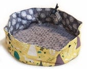 "Travel Pet Bed, CUSTOM, 16"" Round, Slip-proof Base, Dog, Cat, Collapsible, Washable, Couture ,Artistic"