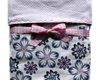 Flannel Baby Blanket - Baby Girl Blanket - Receiving Blanket - Baby Gifts - Crib Blanket - Floral Blanket - Cot Blanket - Swaddle Blanket