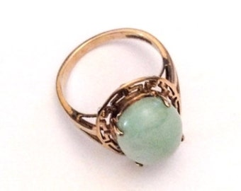 Jade Ring, Apple Green, 10K Gold, Vintage Jewelry, SUMMER SALE
