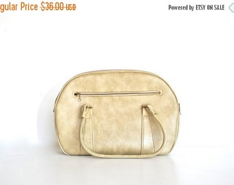 ON SALE Cream Vintage Tote Bag by Savoy