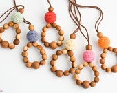 ORGANIC COTTON Wooden Teething Necklace, Breastfeeding, Teething Ring, New Baby Gift - Applewood