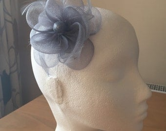 Silver Grey Gray Fascinator on a clip, Crin and Feather, Weddings, Races, Proms, Kentucky Derby, Ascot, Melbourne Cup