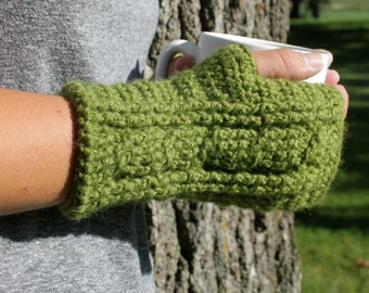 Fingerless Mittens, Womens Crochet Mittens, Fingerless Gloves, Mens Mittens, Made to Order