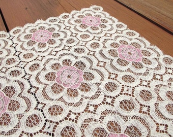 Vintage Cottage Chic Lace Table Runner Off-white with Pink Flowers